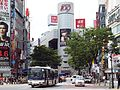 Keiobus-Higashi D30616 Shibu-66.jpg