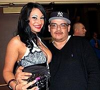 Kitty Bella at AVN Adult Entertainment Expo 2009 (21).jpg
