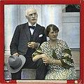 Knut Hamsun og hans kone Marie Hamsun, håndkolorert dias.jpg
