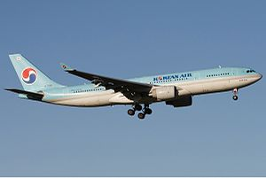 Korean Air Airbus A330-200 MEL Zhao.jpg
