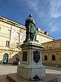 Korsika – Ajaccio – Palais Fesch – Statue Kardinal Joseph Fesch (1763–1839) - panoramio.jpg
