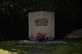 Kriegerdenkmal Nikolai Neuendettelsau 0855.jpg
