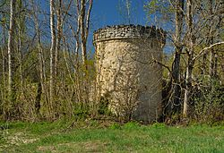 Corner tower of the Kuru manor enclosure wall