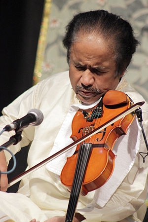 L. Subramaniam - L. Subramaniam performing at concert in Bhopal October 2015