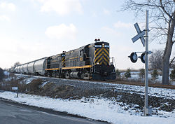 LAL 420 and 425 at East River Rd.jpg