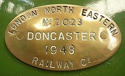 LNER A2 Class no.60532 Blue Peter, Manufacture plate (6132866297) (2).jpg