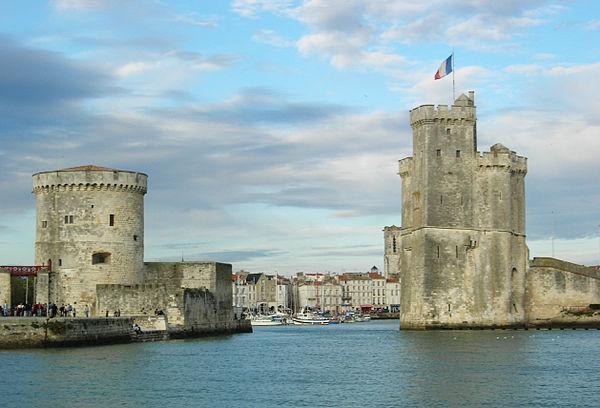 Les tours du Vieux-Port de La Rochelle.