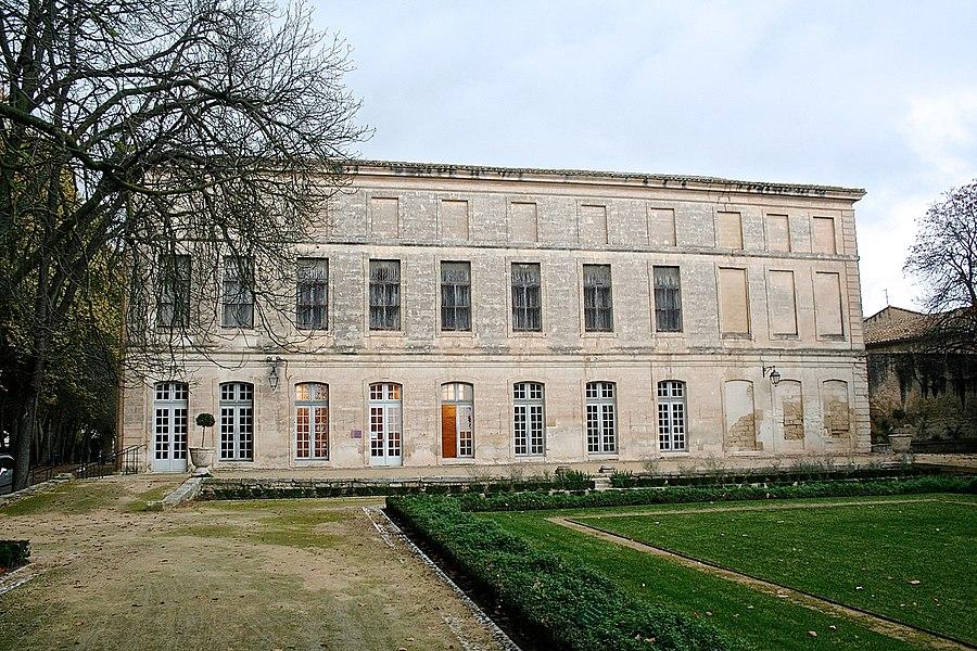 Lavérune (Hérault) - château des évêques - façade côté jardin