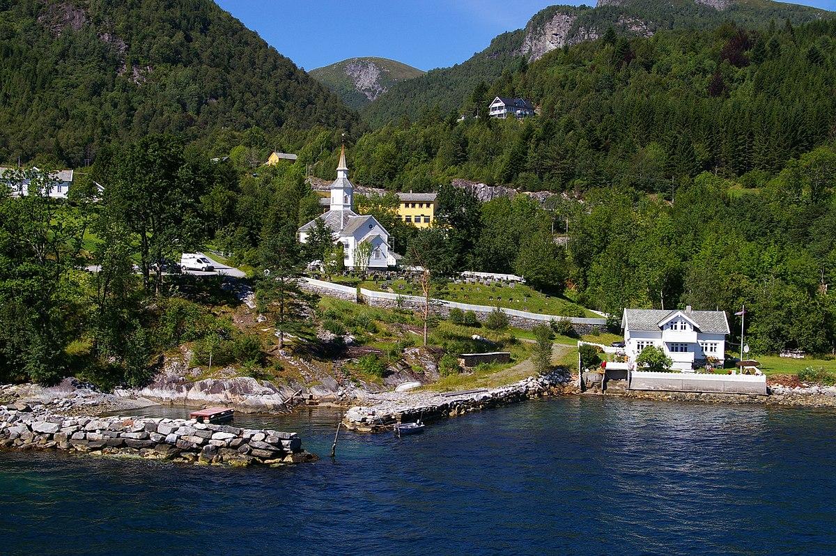 Lavik (village) - Wikipedia