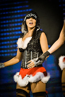 Layla 2010 Tribute to the Troops.jpg