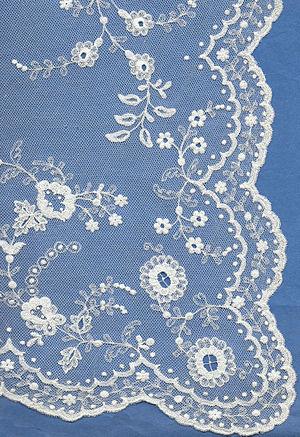Limerick lace - Nineteenth-century Limerick lace wedding veil