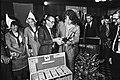 Loting IBM schaaktoernooi Timman met marmot, Bestanddeelnr 930-8984.jpg