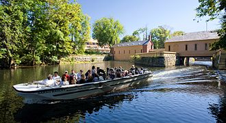 Boat tour - Lowell National Historical Park boat tour in the city of Lowell, Massachusetts, United States.
