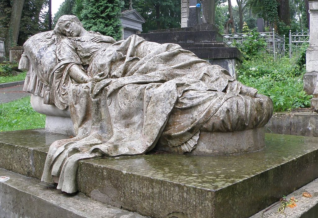 Sculpture sur la tombe de Jozefa Markowska, la femme du sculpteur au cimetière de Lviv. Photo de M.Bucka.