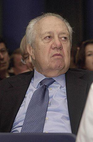 Português: O ex-presidente de Portugal, Mário ...