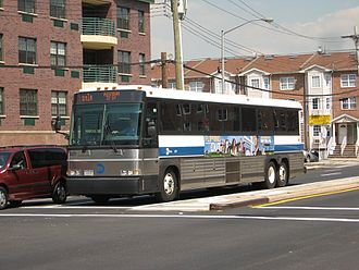 QM1 and QM1A buses - A QM1A in 2007, prior to the relabeling of the routes.