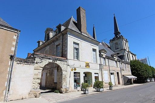 Maison des prêtres de la mission côté rue de Loudun à Richelieu le 16 juillet 2017 - 1