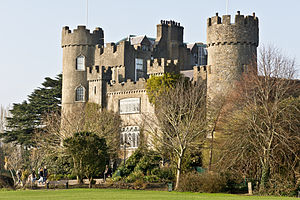 Malahide Castle, March 2011 (1).jpg