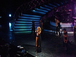 Mariah Carey in August 2006 3.jpg
