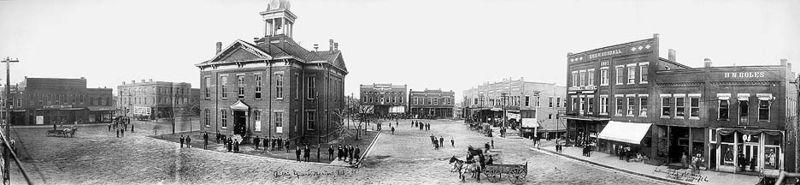 Marion, IL 1910 Pan. Public Sq photo