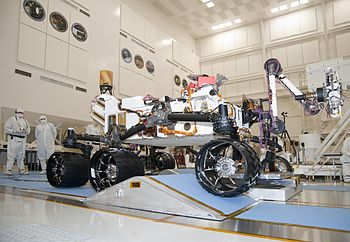 English: NASA's next Mars rover, Curiosity, dr...