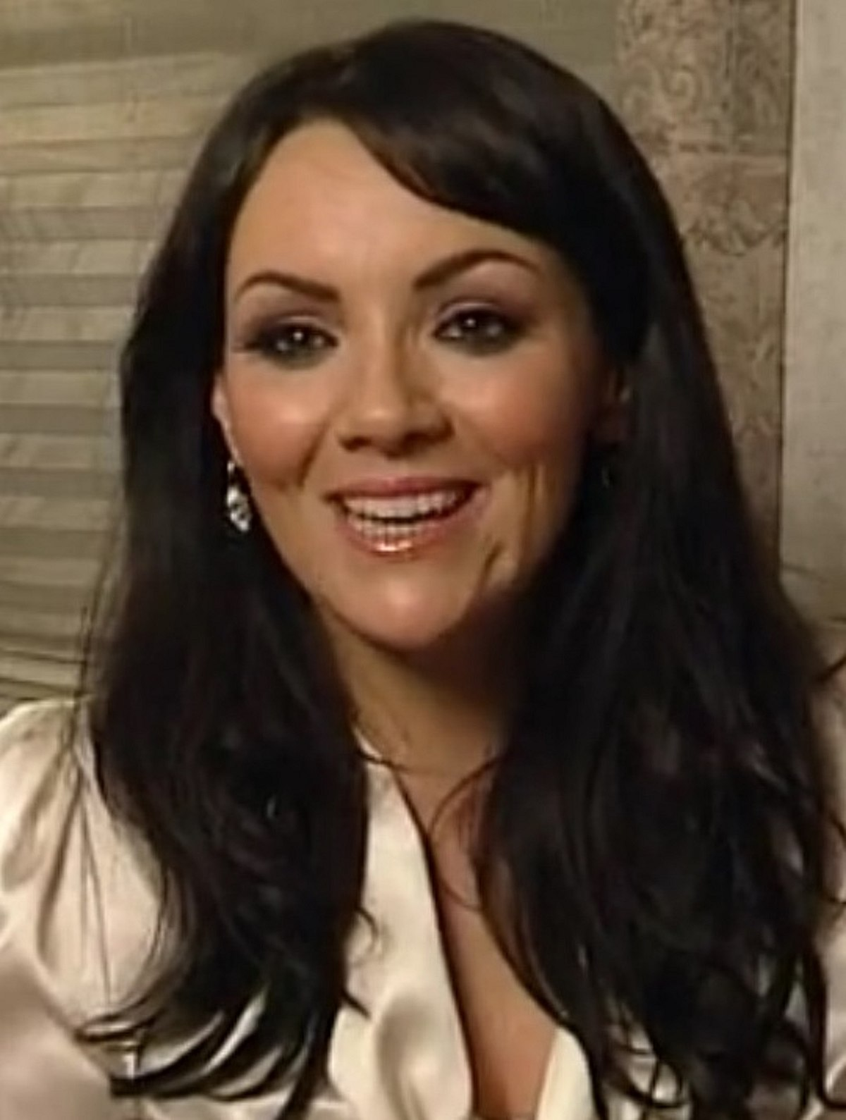 Watch Martine McCutcheon video