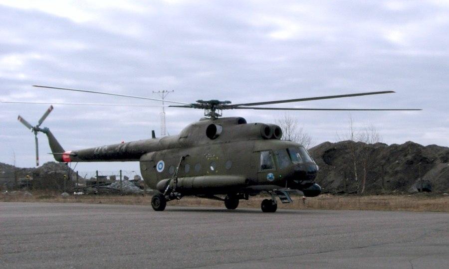 Mi-8 kuljetushelikopteri