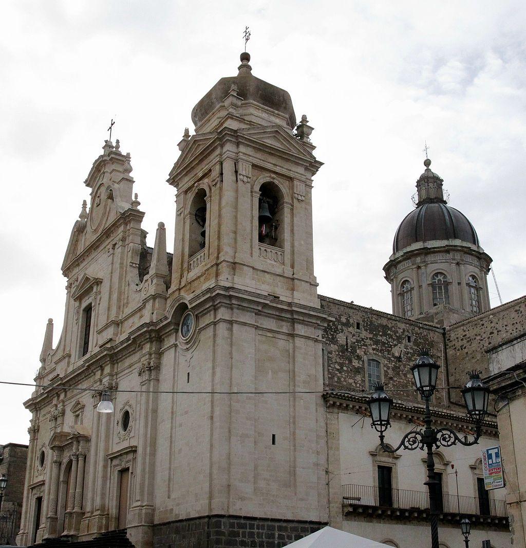 Militello (CT). Chiesa Madre S. Nicolò - SS. Salvatore (XVIII-XX sec.).jpg