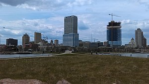 Lakeshore State Park - Image: Milwaukee skyline May 2016 frome Lakeshore