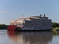 Mississippi River, USA (14432457605).jpg