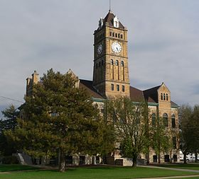 Mitchell County, Kansas courthouse from NW 1.JPG