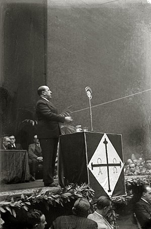 Spanish Confederation of Autonomous Right-wing Groups - José María Gil-Robles at a campaign rally at San Sebastián in 1935.
