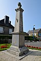 Monument aux morts de Coulouvray-Boisbenâtre 2.jpg