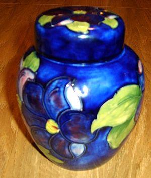 Moorcroft - Image: Moorcroft Jar