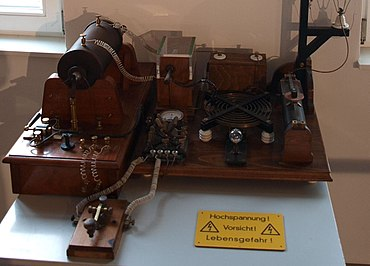 Spark-gap transmitter - Wikipedia