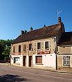 Moulins-sur-Ouanne-FR-89-café-09.jpg