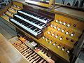 Moulins (France), cathédrale, grand orgue Merklin, console.JPG