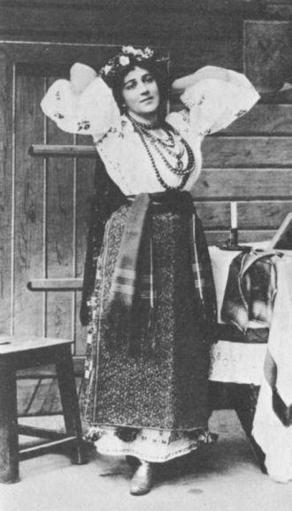 Yevgeniya Mravina - Mravina sang the role of Oksana in the premiere of Christmas Eve (Mariinsky Theatre, St. Petersburg, 1895).