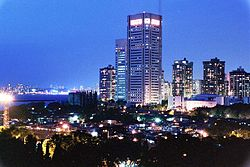 Mumbai night skyline.jpg