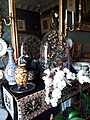 Musée Gustave-Moreau, boudoir, oiseaux et fleurs blanches.jpg