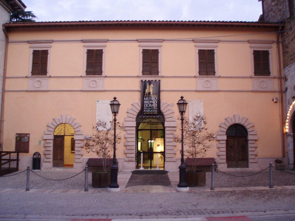 33 12.50 15 >> Pergola (Pesaro e Urbino) – Wikipédia, a enciclopédia livre
