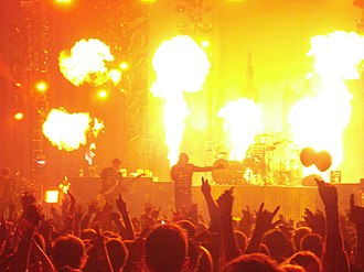 "My Chemical Romance - Most of the concerts of The Black Parade World Tour involved use of pyrotechnics, especially during ""Mama"" and ""Famous Last Words""."