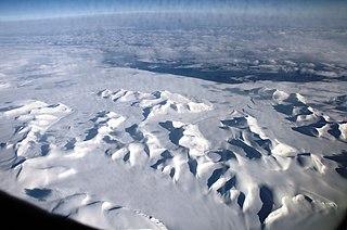Liestølbreen glacier in Svalbard