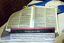 Фотография Библии Качиньского