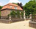 Nepomuk Statue vor einer ehemaligen Wassermühlen am Schloss Anholt.jpg
