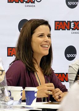 Neve Campbell 03 (21107706499)