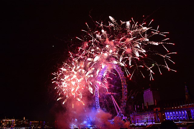 New Years Fireworks in London by Clarence Ji via https://en.wikipedia.org/wiki/File:New_Years_2014_Fireworks_-_London_Eye.jpg
