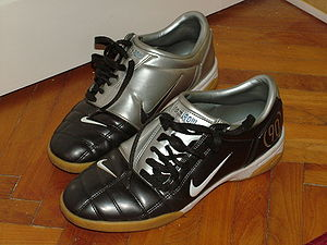Nike Total 90 III football boot