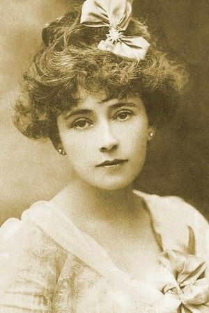 Nina Boucicault