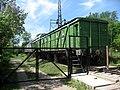 Obytné vagóny u nádraží v Tukumsu.jpg